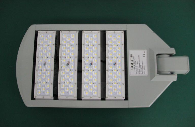 RL03 series CE CB ENEC IP67 IK09 240W 160LM/W adjustable photocell dia-cast aluminum photocell dimmable led street light,led urban lights,led road luminaires,led street lamp,eight years warranty,tool-free maintenance,class II.